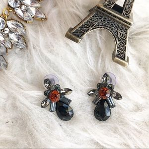 Jewelry - Black and gray rhinestone statement earrings